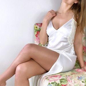 Victoria's Secret maxi intimates lingerie
